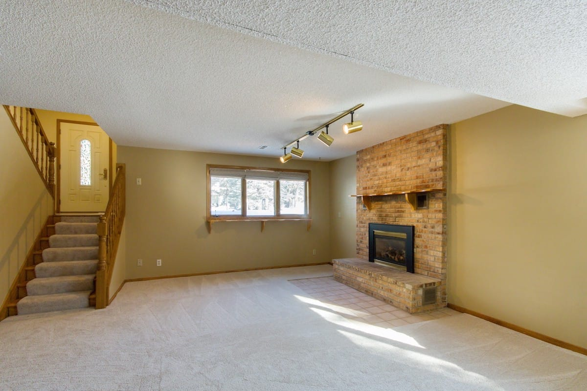 edina-homes-for-sale-real-estate-6309-waterman-ave-16