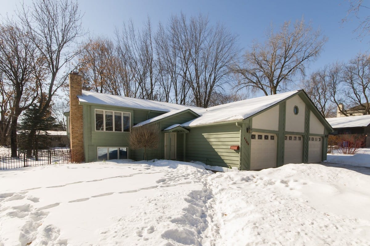 edina-homes-for-sale-real-estate-6309-waterman-ave-2