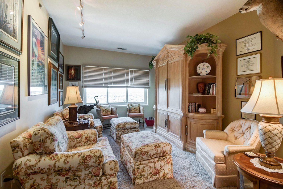 towers-normandale-lake-condos-8301-creekside-dr-bloomington-760-13