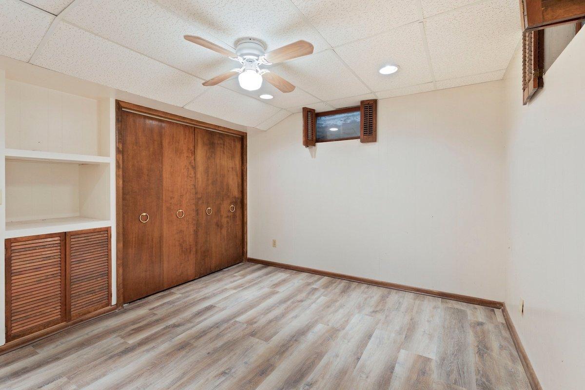7709-glasgow-edina-mn-55439-homes-for-sale-22