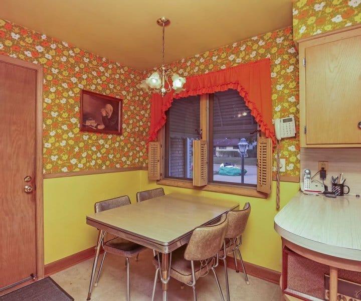 6913 Dawson Lane, Edina: A 50's Classic
