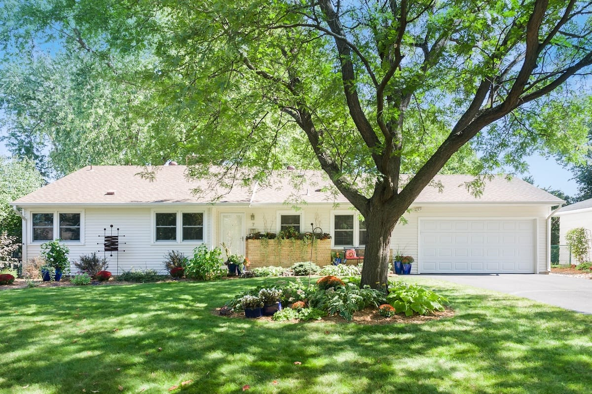7-hawthorne-rd-hopkins-mn-homes-for-sale-2