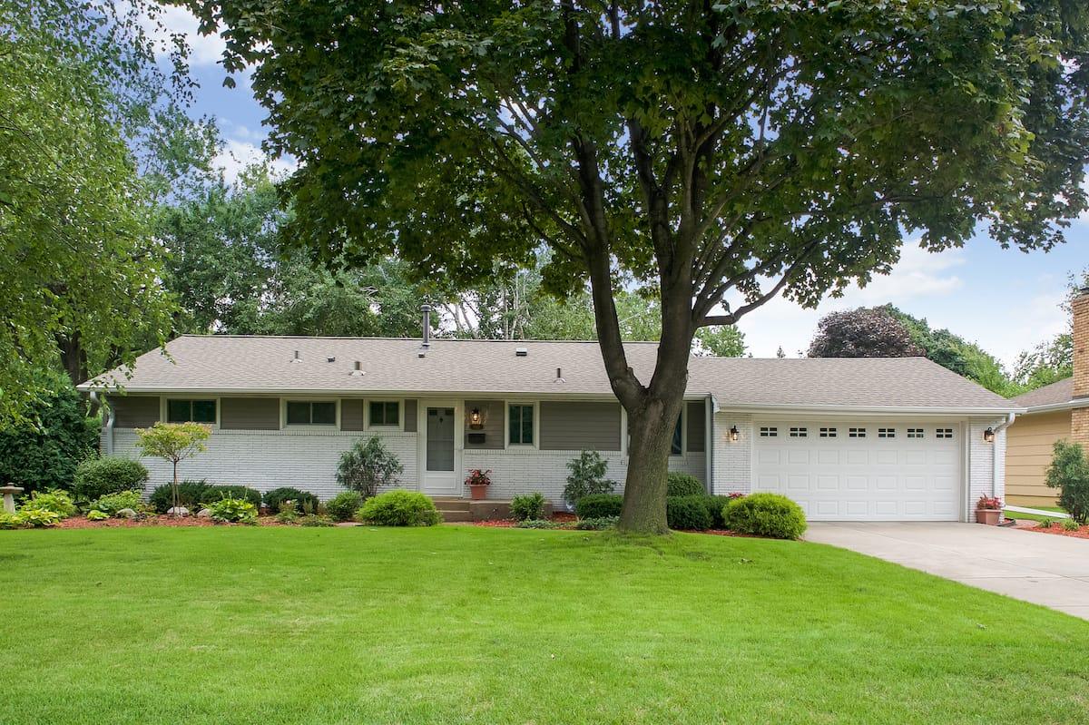 edina-cornelia-homes-for-sale-6921-dawson-ln-55435-2