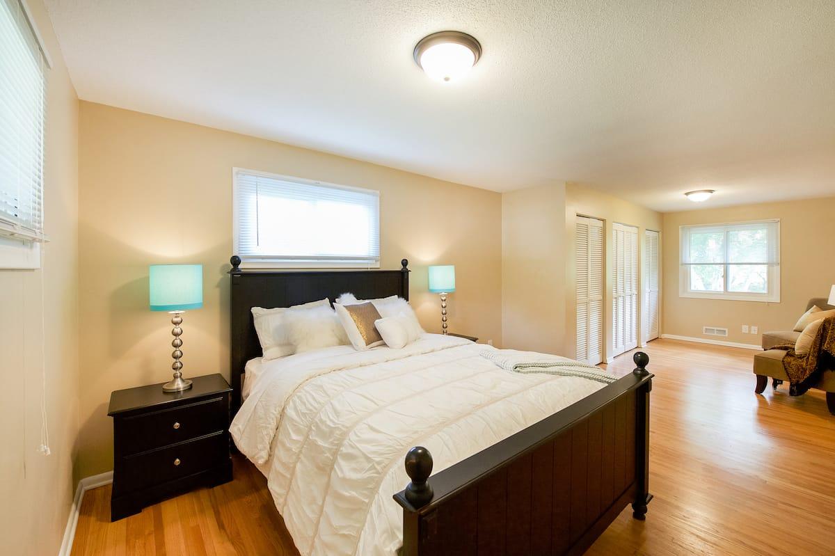 edina-cornelia-homes-for-sale-6921-dawson-ln-55435-9