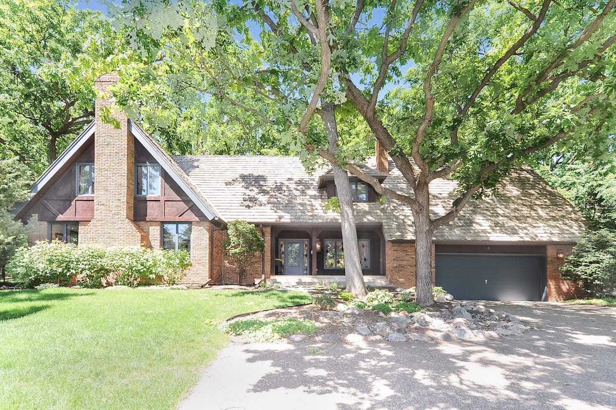 edina-homes-for-sale-6300-loch-moor-edina-mn-55439-1