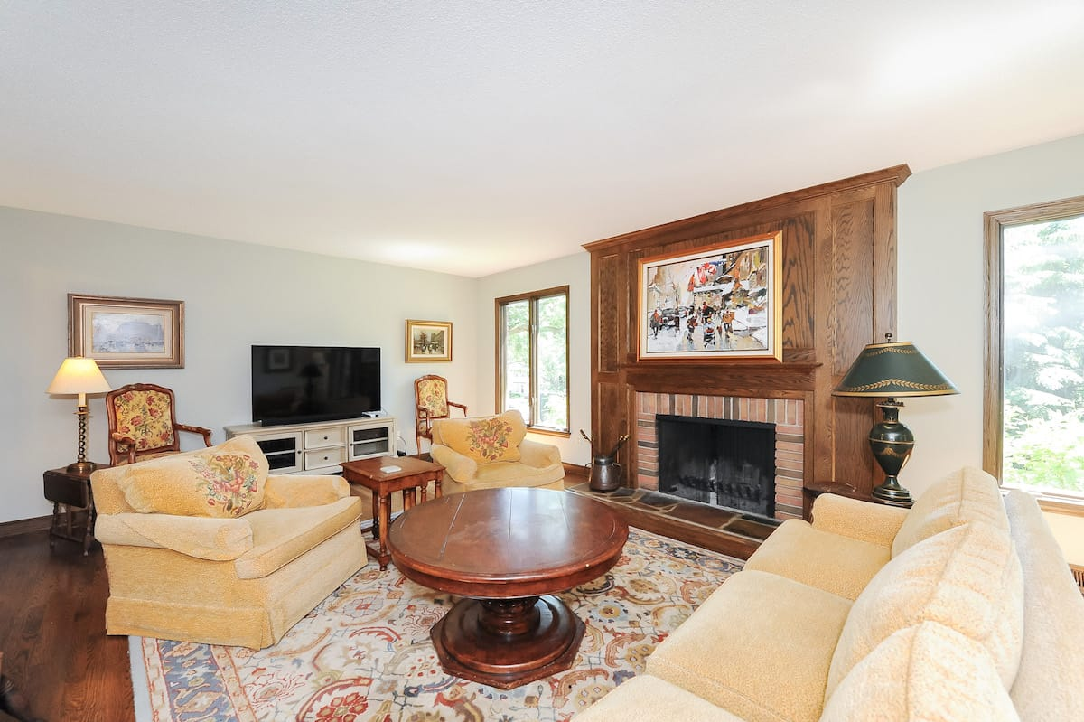 edina-homes-for-sale-6300-loch-moor-edina-mn-55439-5