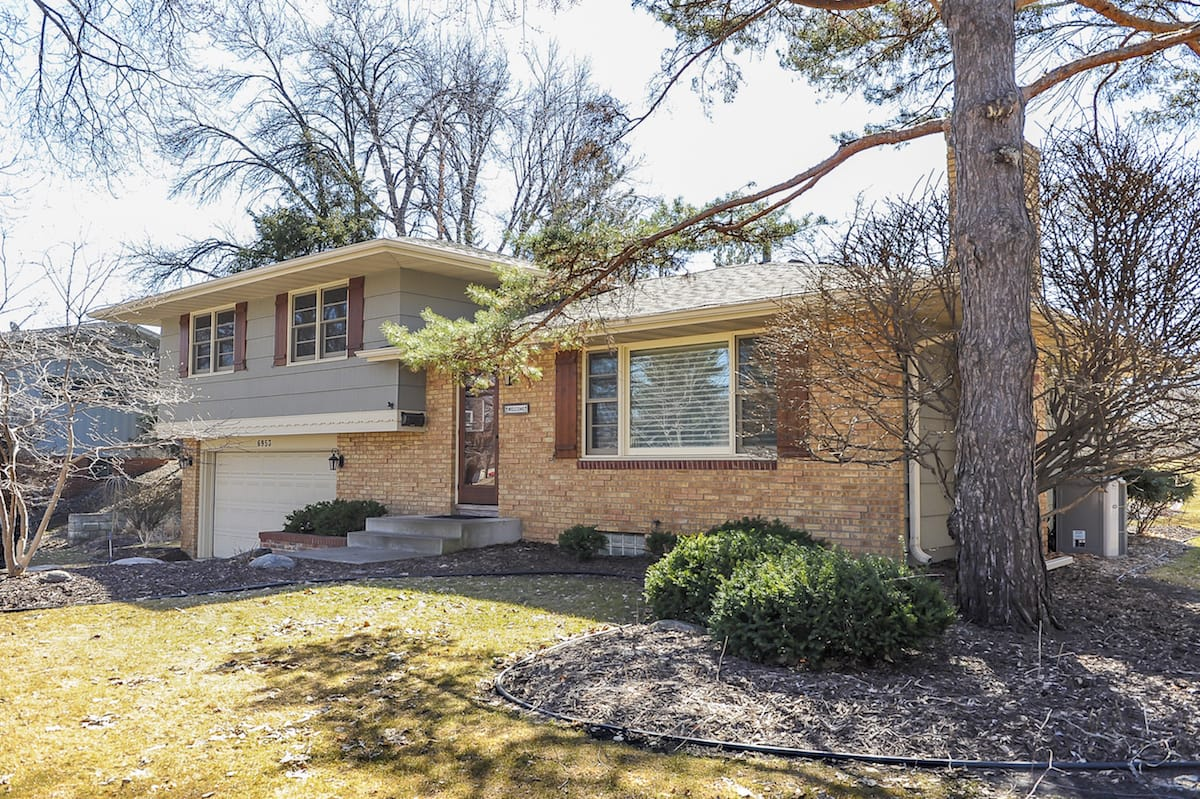 edina-mn-homes-for-sale-6953-southdale-rd-1