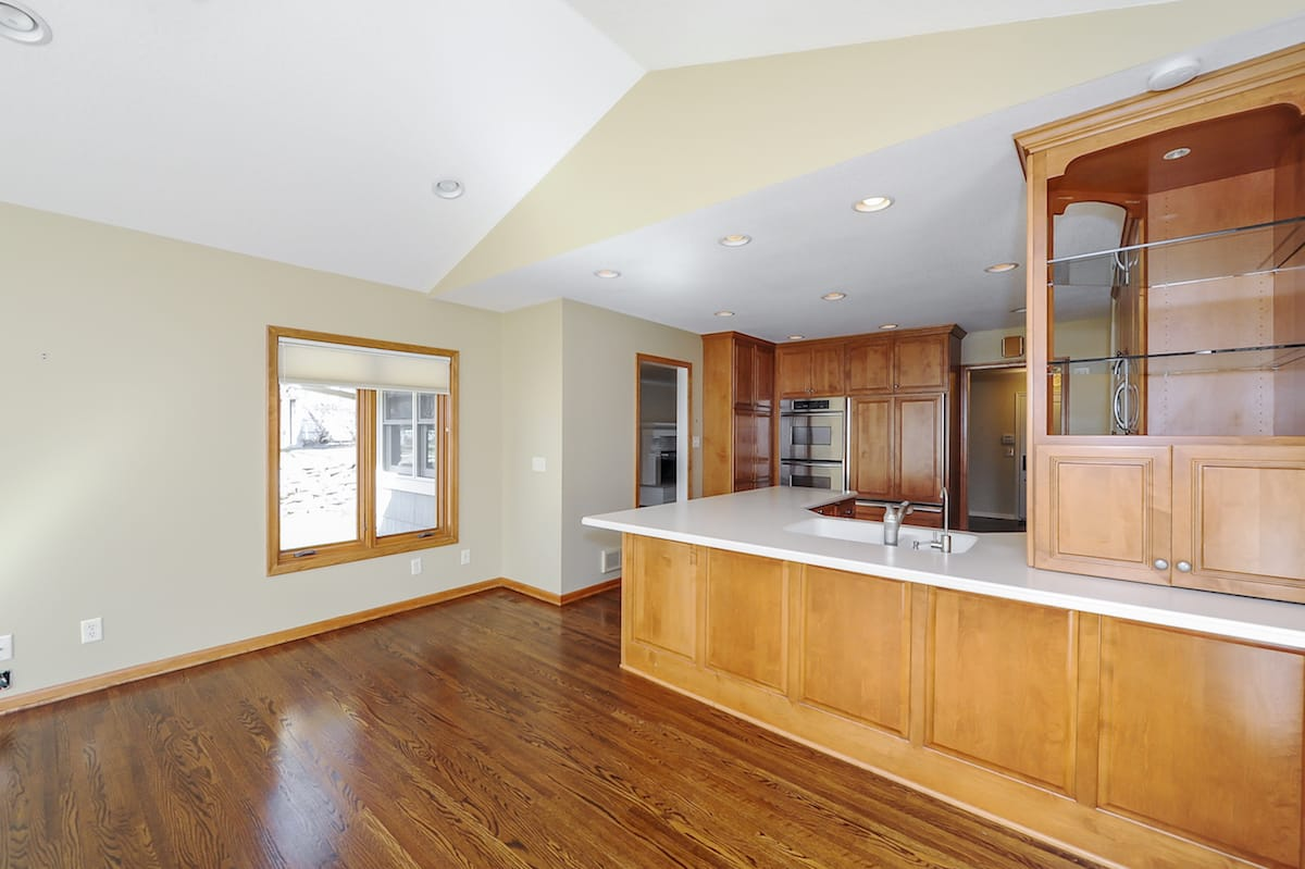 edina-mn-homes-for-sale-6953-southdale-rd-7
