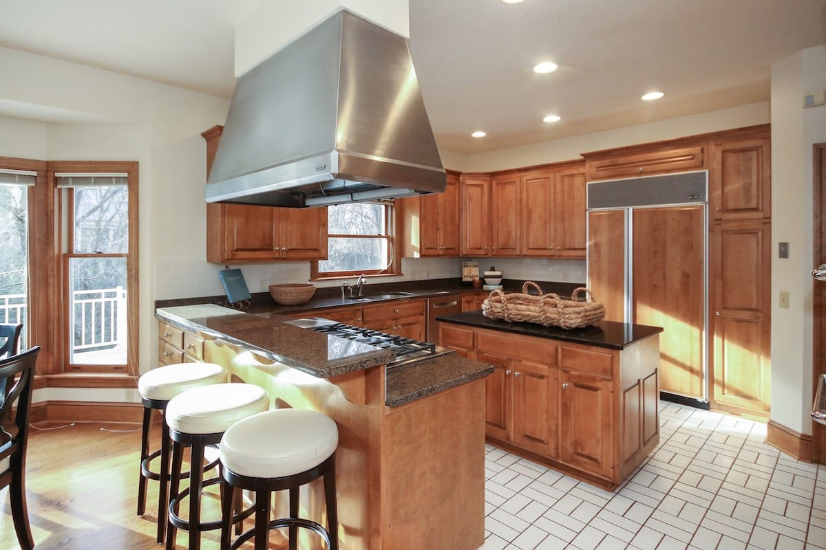 indian-hills-edina-homes-for-sale-6624-iroquois-6