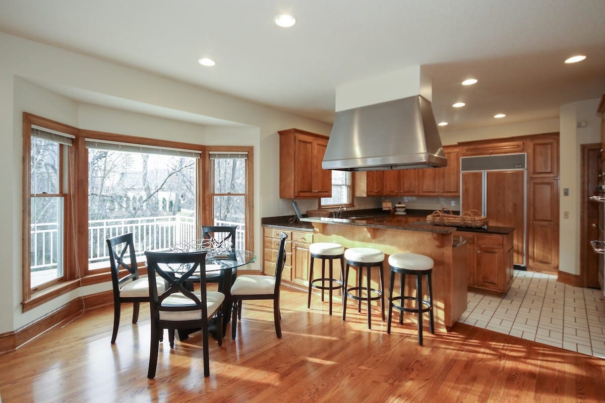 indian-hills-edina-homes-for-sale-6624-iroquois-8