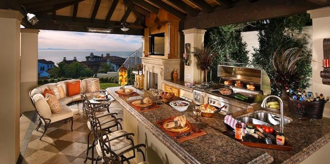 Top luxury home design trends josh sprague for Luxury outdoor kitchen