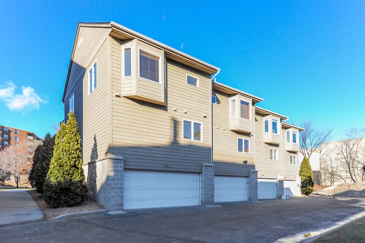 minneapolis-homes-for-sale-2863-kenwood-isles-dr-55408-1